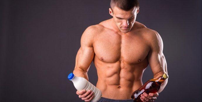 Muscled males nailing hard