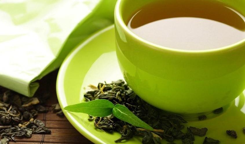 grean tea in cup